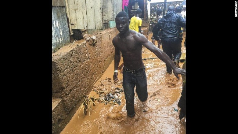 150917183439-sierra-leone-flooding---restricted-exlarge-169
